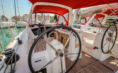 Cockpit Segelyacht Beneteau Oceanis 35