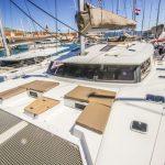 Bug von Katamaran Saba 50 in Trogir