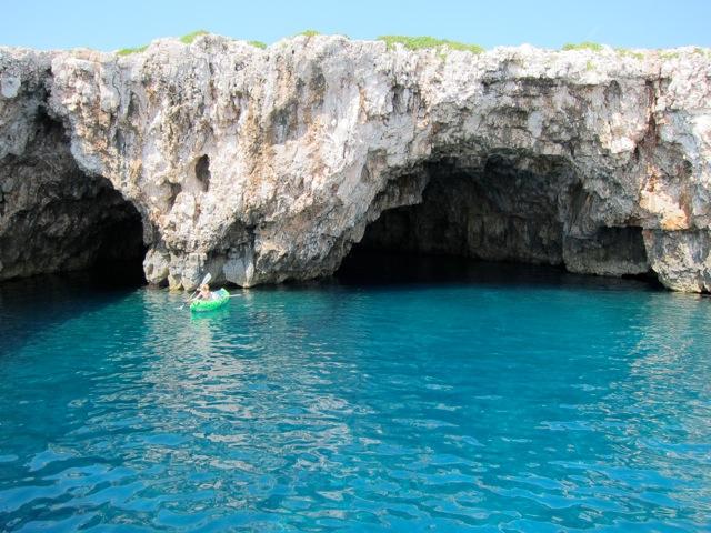 Eingang in die Blaue Grotte Insel Bisevo
