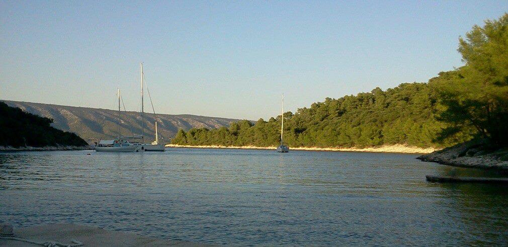 Bucht auf der Insel Scedro